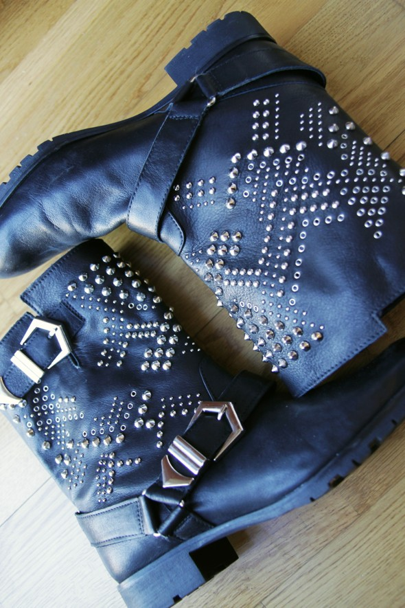 zara studded boots studs bottes à clous cuir leather black noir_effected-001
