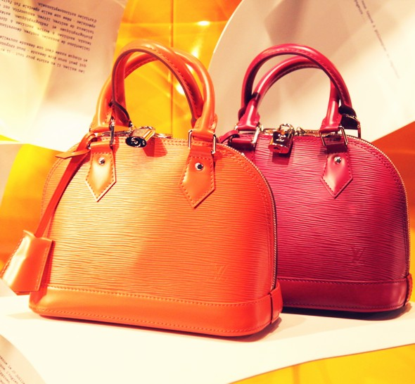 vuitton fashion 2013 mini epi bags accessories_effected