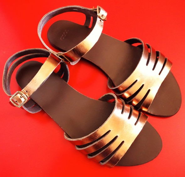 c 2013 asos sandales sandals iridescent silver gold bronze_effected