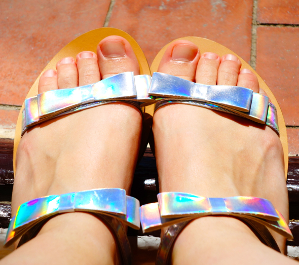 chaussures iridescent holo shoes