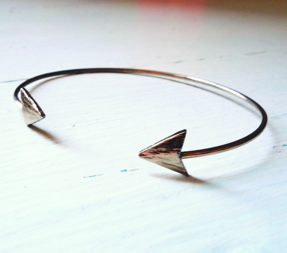 bracelet fleche arrow anthropologie_effected