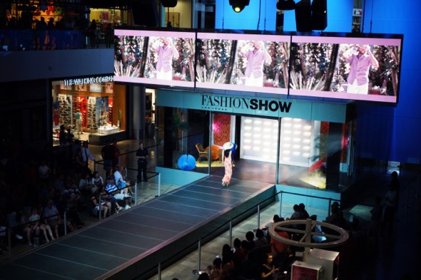 fashion show las vegas mall_effected