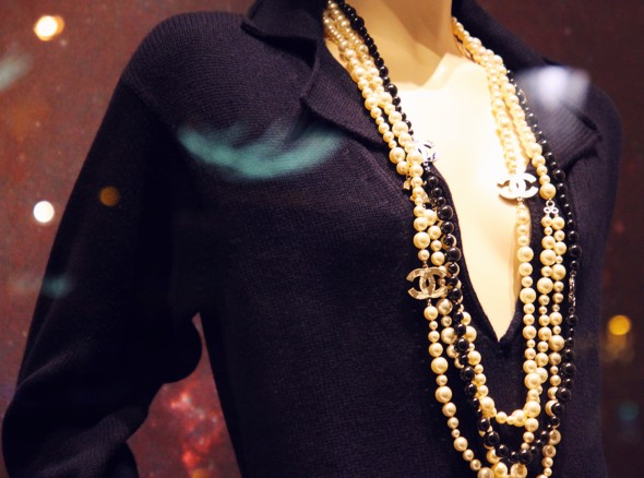 Chanel necklace fall winter 2013 2014_effected